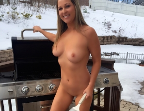 content/Naked Grilling/1.jpg